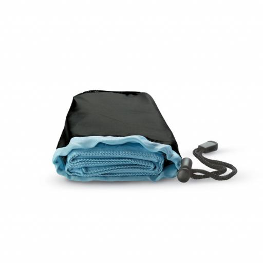 DRYE Sport towel in nylon pouch